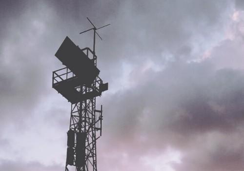 Foto di un'antenna trasmittente
